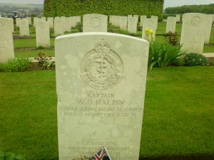 British soldier's grave stone at Villers - Bretonnuex