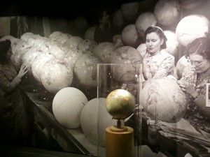 Making globes during World War 2 - Caen Memorial Museum