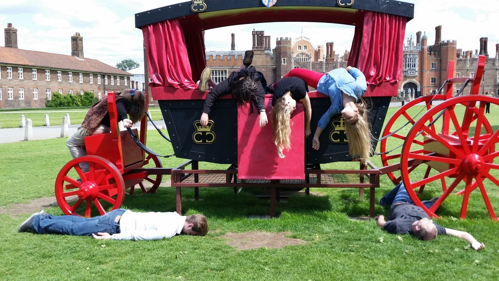 Hampton Court Carriage2